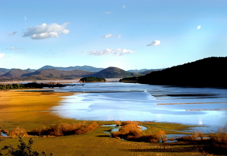 Največje presihajoče jezero.